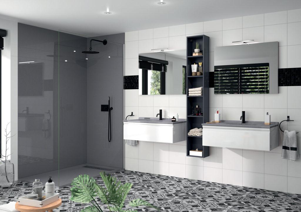 Meuble-de-salle-de-bains-blanc-et-gris,-douche-grise-Akido-Ambiance-bain, bac à douche gris, revetement douche gris