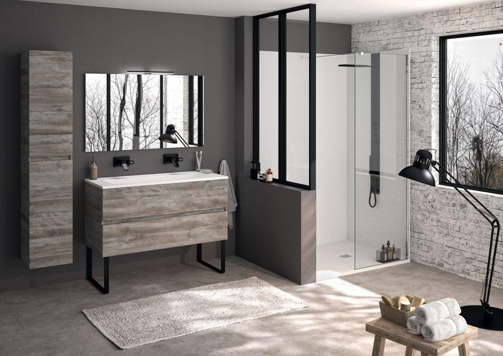 salle-de-bains-industrielle,-meuble-ketty,-douche-avec-verrière-ambiance-bain