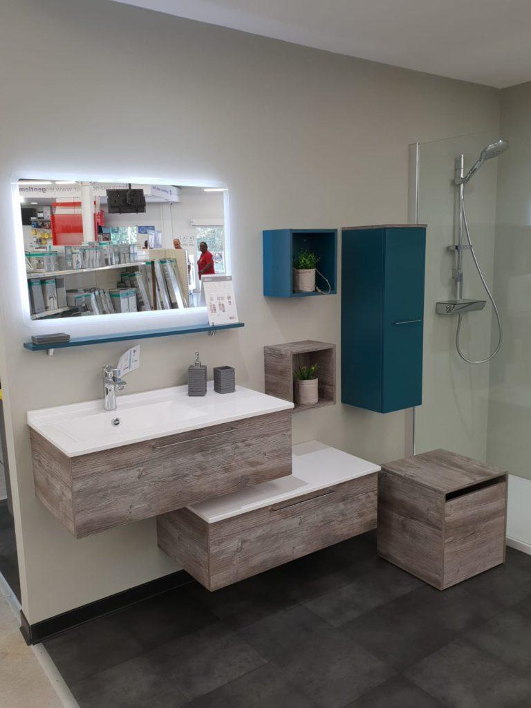 Meuble de salle de bains Akido destructuré 90cm bois bleu et blanc, miroir et tablette sous miroir Ambiance bain, vasque smo